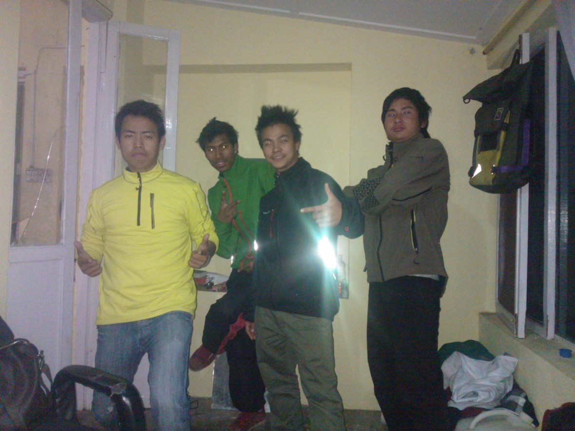 Four of Mickey's B-Boyz in Vaude fleece sponsored byr our guests