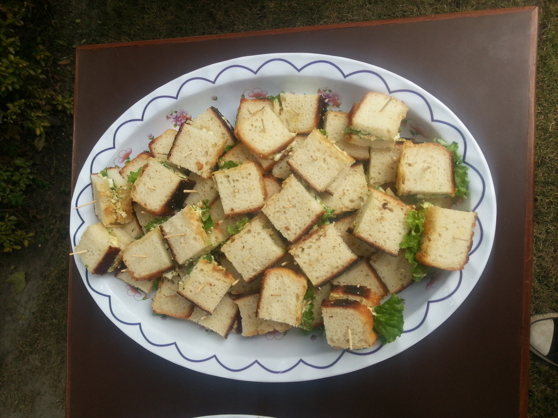 Sandwiches - curry egg salad w. pickled cucumber